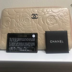 Chanel Cameilla Wallet